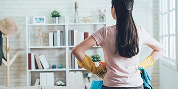 Die Wohnung entrümpeln: So macht Aufräumen Spaß
