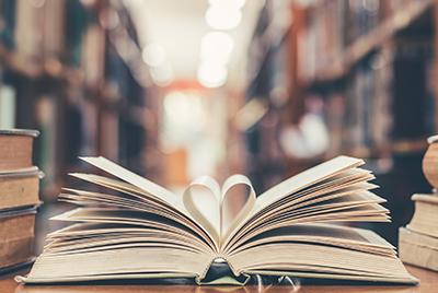 conseils et méthodes de conservation pour nettoyer les livres