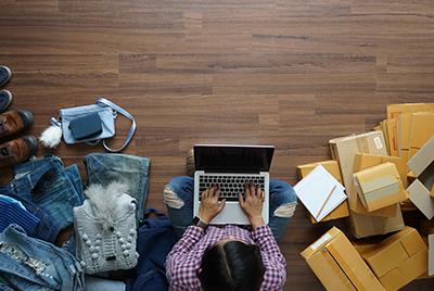 Les brocantes en ligne permettent de vendre depuis chez soi